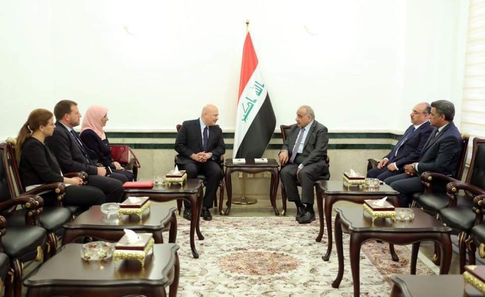 رئيس مجلس الوزراء السيد عادل عبد المهدي يستقبل رئيس فريق التحقيق بجرائم داعش
