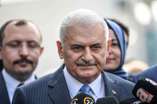 يلدريم يقر بهزيمته ويهنئ منافسه إمام أوغلو بفوزه برئاسة بلدية اسطنبول