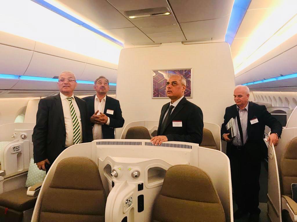 من ارض تولوز الفرنسية : وزير النقل : يبحث مع شركة Airbus الفرنسية رفد الخطوط الجوية العراقية طائرات حديثة تتناسب مع تطلعات الوزارة