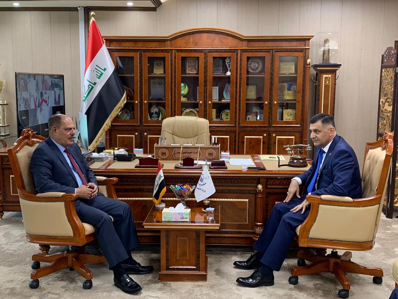 اللامي يبحث مع وزير الاتصالات سبل دعم المؤسسات الإعلامية