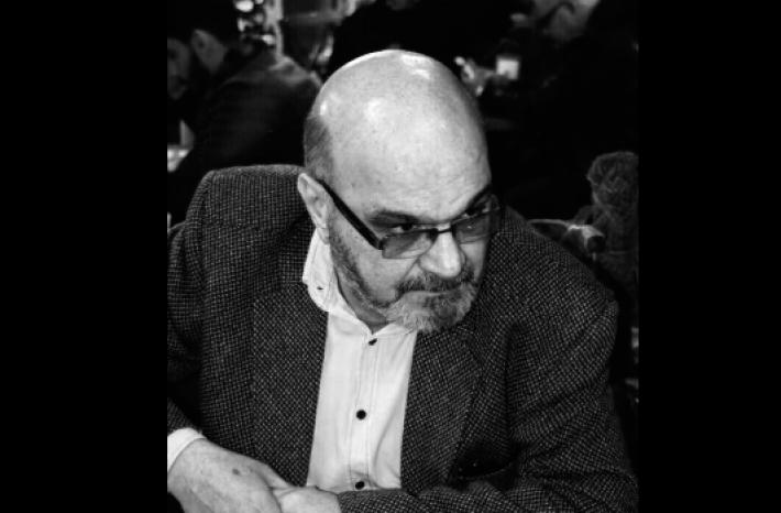رغم تدخل الكاظمي شخصياًً لإنقاذه، الإ ان يد القدر كانت أسرع، ليرحل عنا الفنان مهدي الحسيني