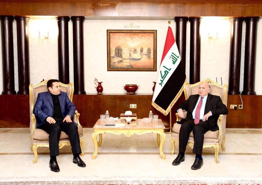 مستشار الأمن القومي السيد قاسم الأعرجي يلتقي وزير الخارجية الدكتور فؤاد حسين