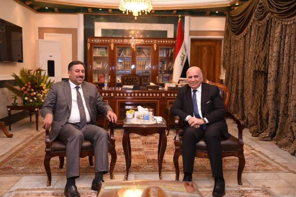 الشيخ خميس الخنجر يلتقي وزير المالية الدكتور فؤاد حسين
