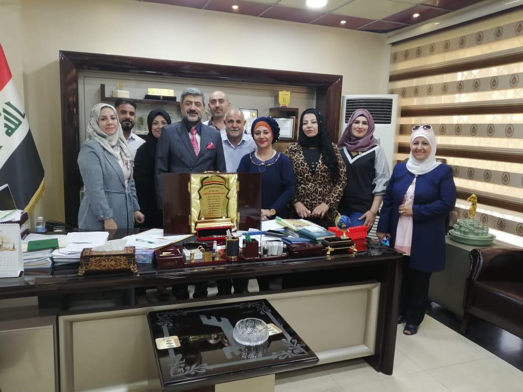 تكريم …..مدير عام الشركة العامة للمعارض التجارية هاشم السوداني