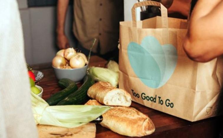 تطبيق الكتروني يعالج مشكلة بقايا الطعام ويعيد بيعها باسعار مخفضة