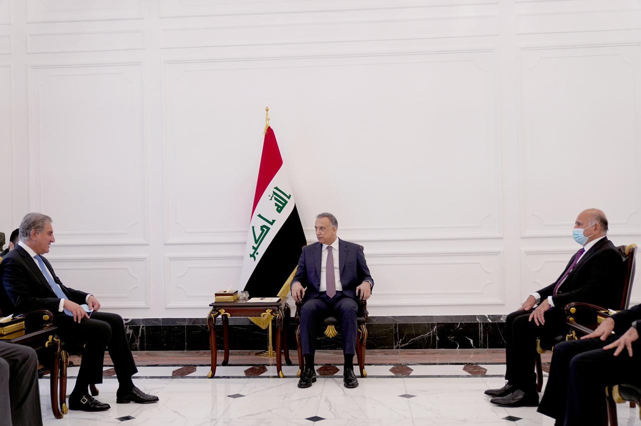 رئيس مجلس الوزراء السيد مصطفى الكاظمي يستقبل وزير الخارجية الباكستاني